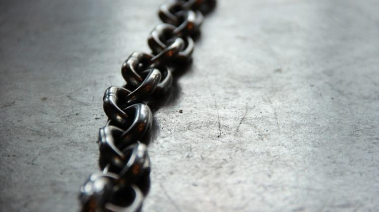 chain-690088_960_720.jpg