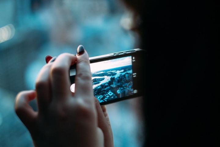 smartphone-381237_960_720.jpg
