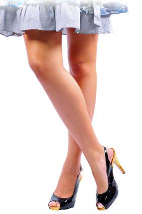 Body_Language_Crossed_Legs_Woman.jpg