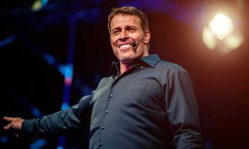 tony-robbins-wiki-and-net-worth.jpg